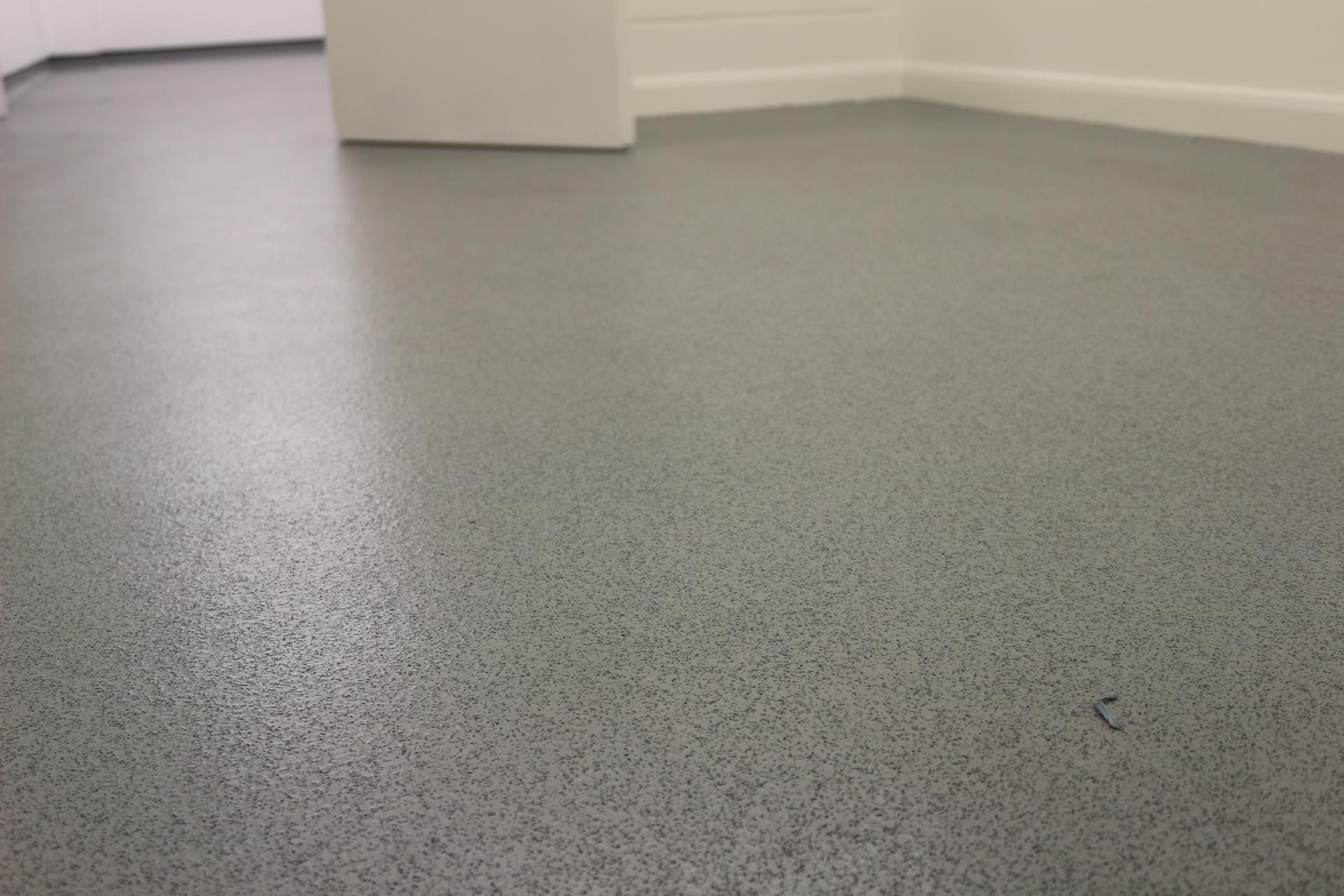 Safety flooring silver birch